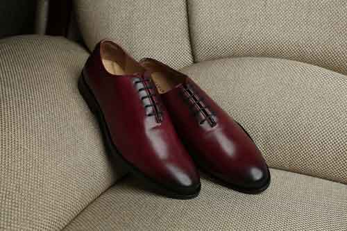 Burgundy shoes image