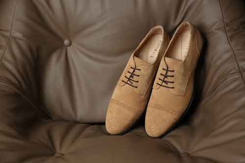 Beige shoes image
